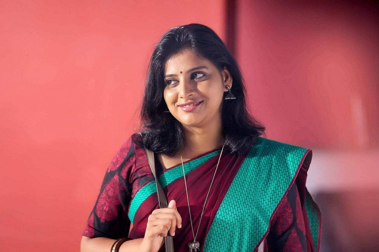 Angamaly Diaries -fame Anna Reshma Rajan Has Joined