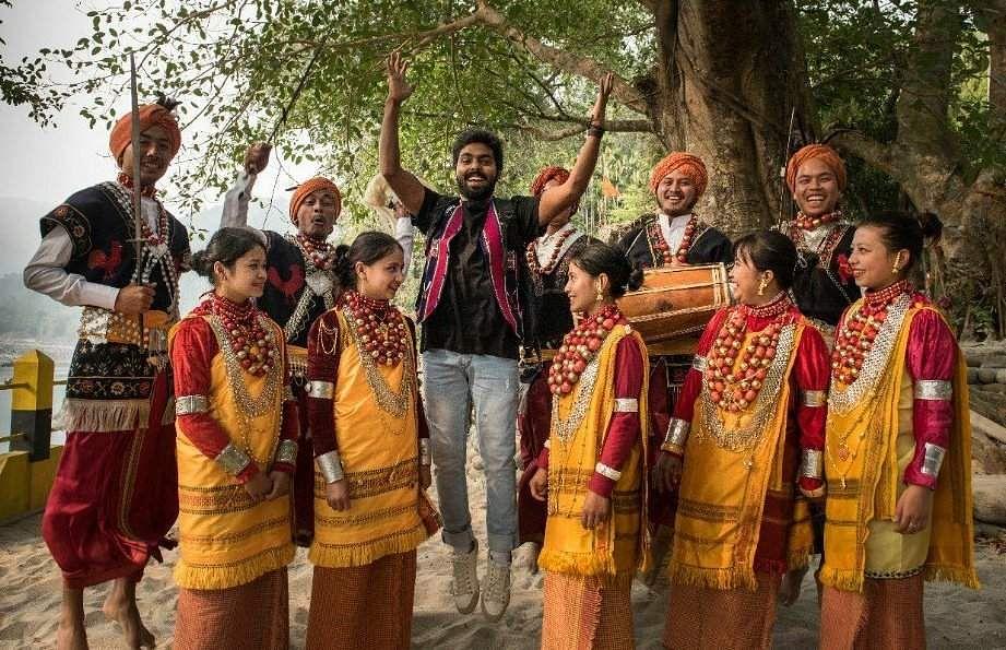 Rajiv-Menon-Sarvam-Thaala-Mayam-Stills-GV-Prakash-Aparna-Balamurali-3