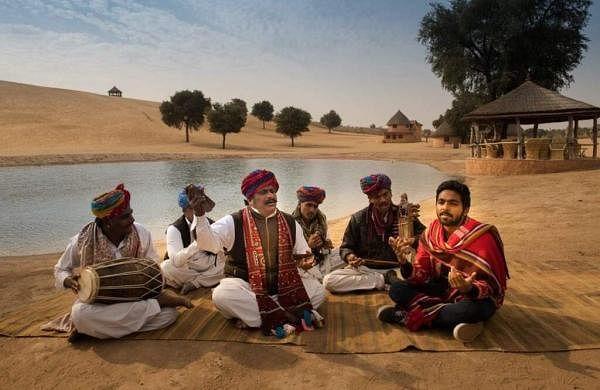 Rajiv-Menon-Sarvam-Thaala-Mayam-Stills-GV-Prakash-Aparna-Balamurali-1