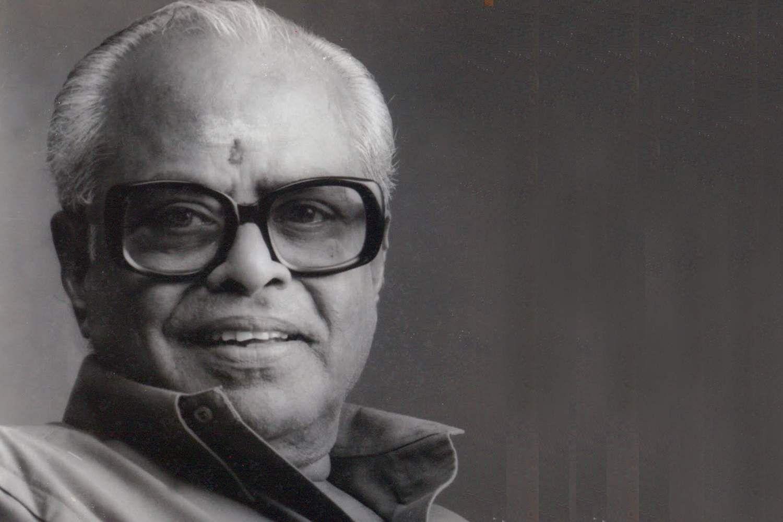 Master-director-K-Balachander-Passed-away-Onlookers-Media