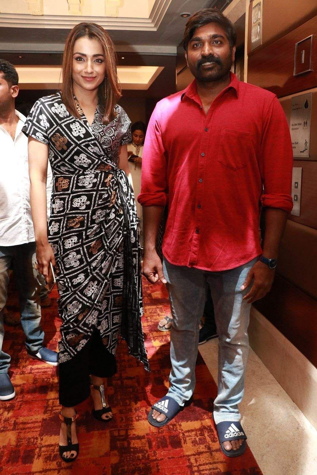 96 Success Meet Vijay Sethupathi Trisha Gauri Kishan 15