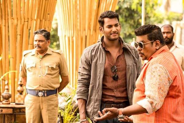 Ayogya Review: Vishal Raashi Khanna Parthiban Radha Ravi Venkat Mohan