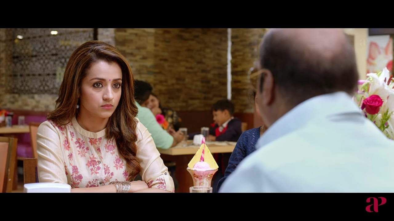 New stills from Trisha's Paramadham Vilaiyattu trailer