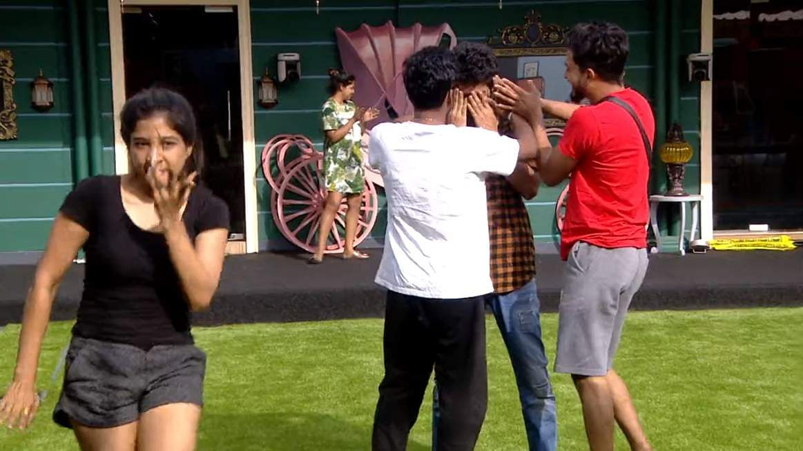 Bigg Boss Tamil 3: Madhumita's comments about culture starts