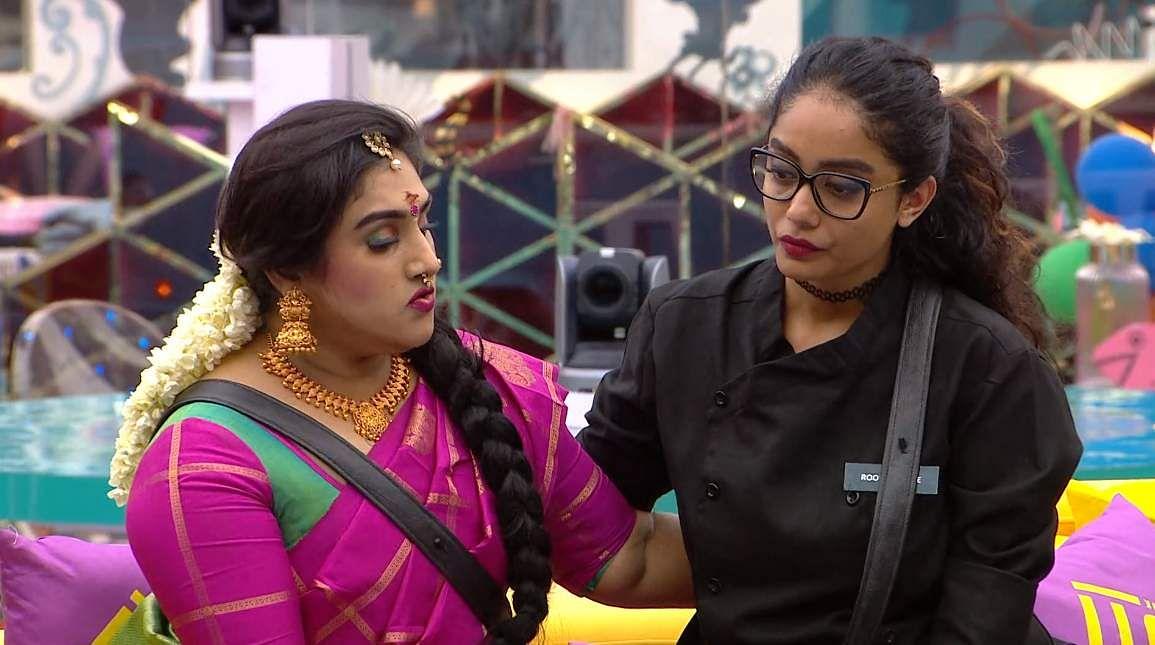13Bigg Boss Tamil 3: Vanitha returns to the Bigg Boss house
