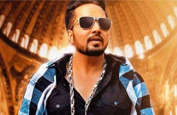 Indian film industry bans Mika Singh
