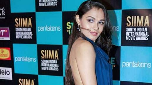 2Pictures of Andrea Jeremiah clicked from SIIMA Awards 2019