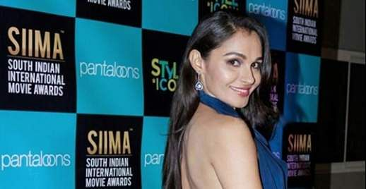 3Pictures of Andrea Jeremiah clicked from SIIMA Awards 2019
