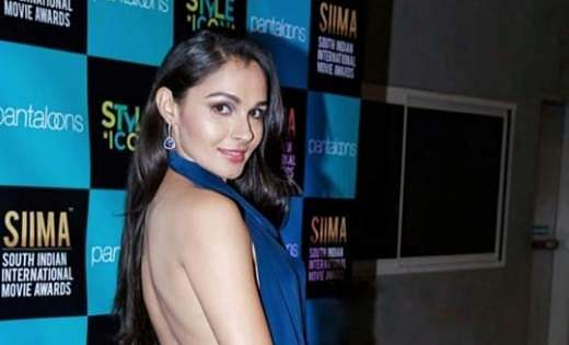 4Pictures of Andrea Jeremiah clicked from SIIMA Awards 2019