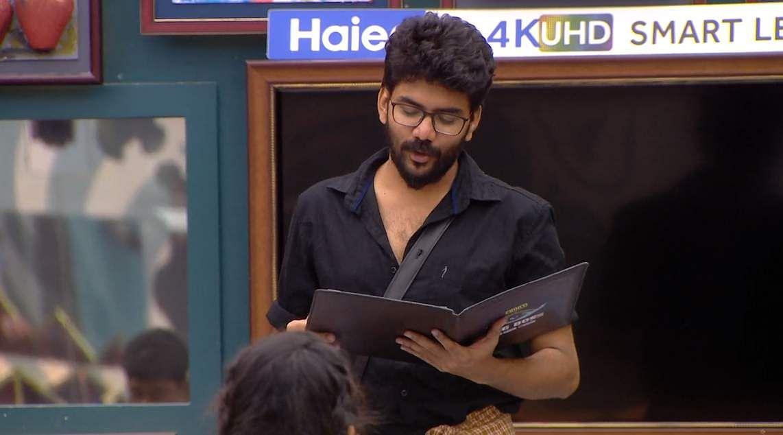 12Bigg Boss Tamil 3 - A new feud boils between Vanitha and Kasturi