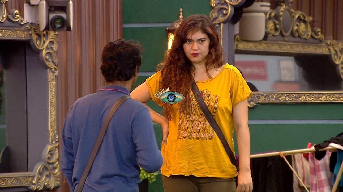 22Bigg Boss Tamil 3 - A new feud boils between Vanitha and Kasturi
