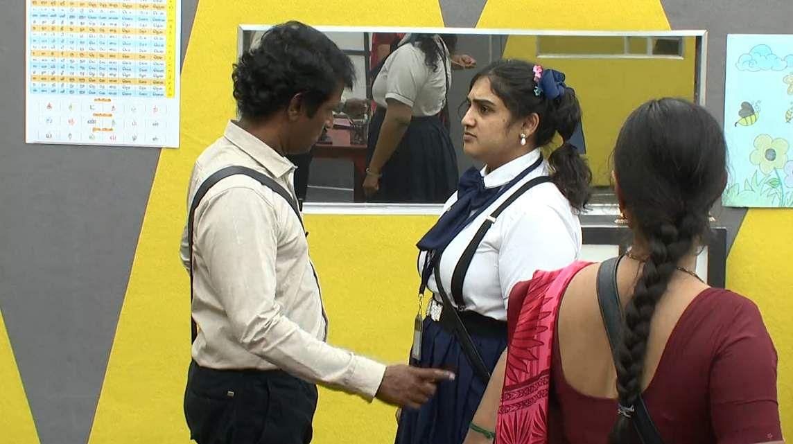 6Bigg Boss Tamil 3 - A new feud boils between Vanitha and Kasturi