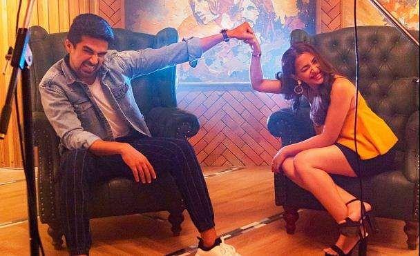 Comedy Couple Movie Review: Funny, skinny love