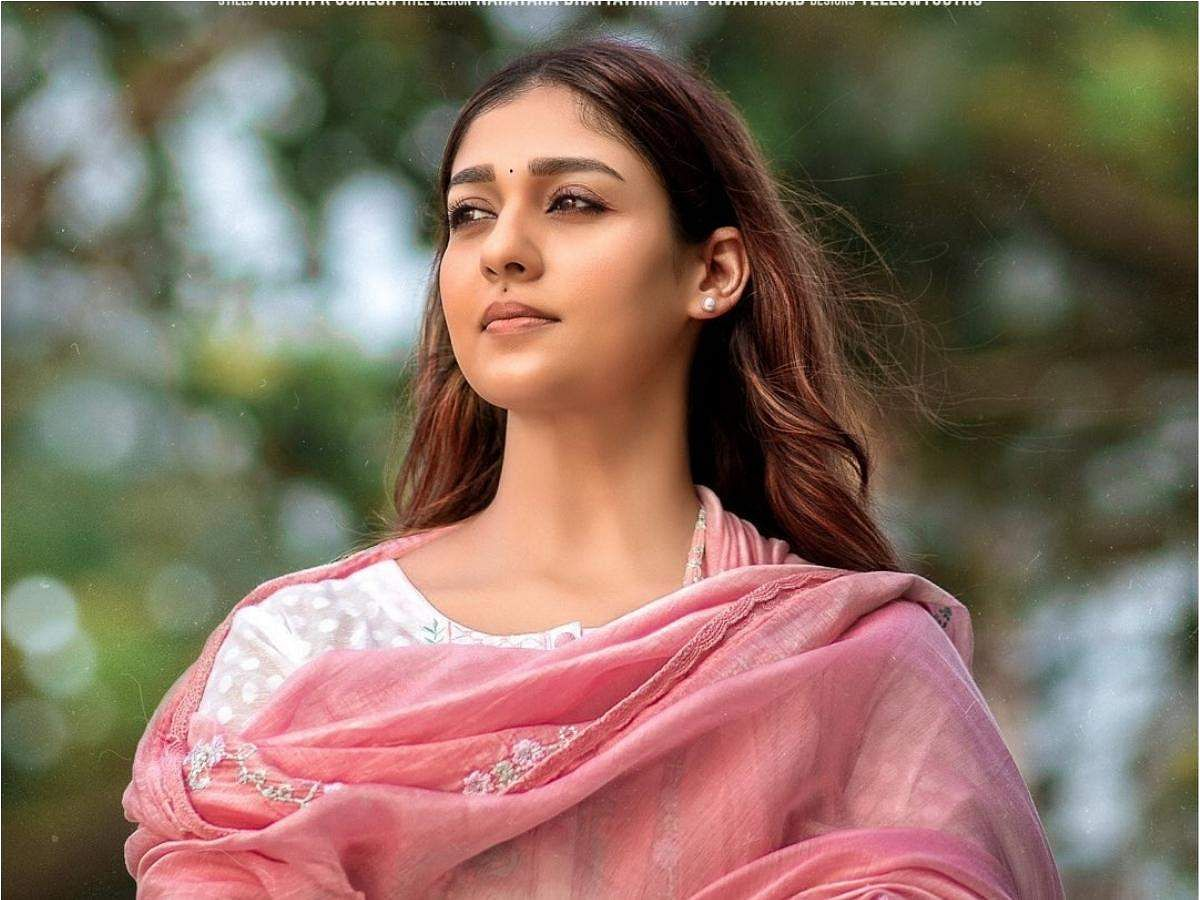 First look of Nayanthara from Nizhal out