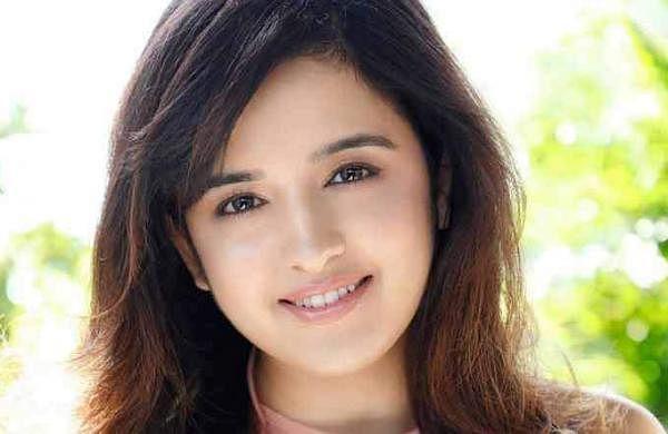 Shirley Setia to make her Telugu debut opposite Naga Shaurya