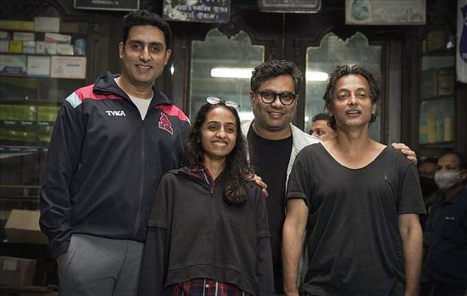 Abhishek Bachchan wraps up Bob Biswas in Kolkata