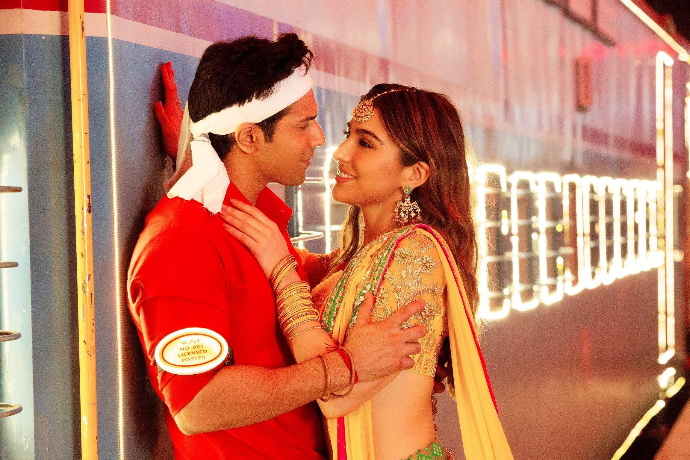 Coolie No 1 Movie Review Varun Dhawan Sara Ali Khan