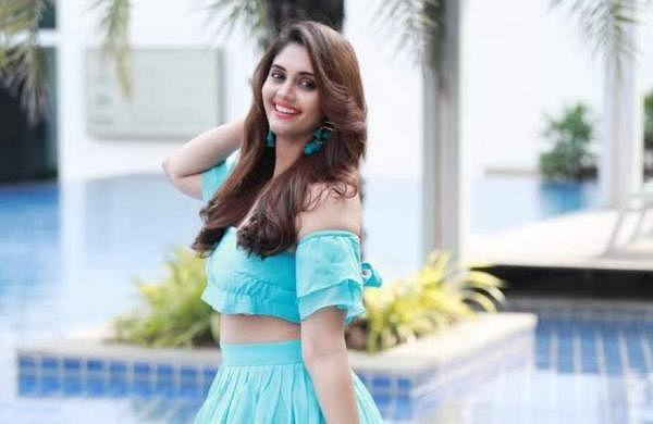 Surbhi debuts in Kannada