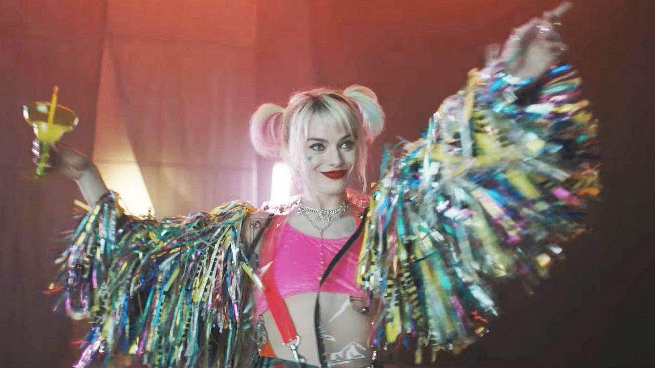 Birds Of Prey Movie Review Margot Robbie Spearheads Dc S Best Action Film Cinema Express
