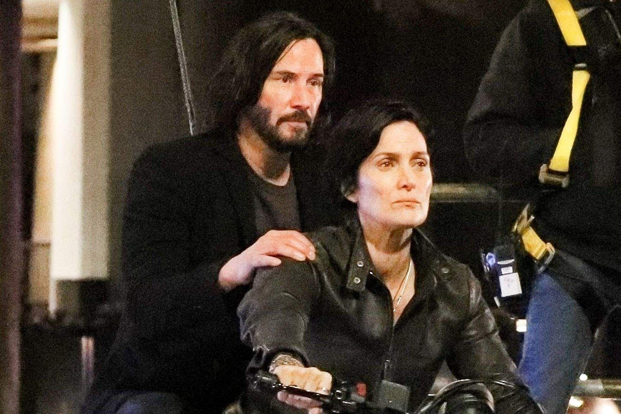 Keanu Reeves resumes shooting for Matrix 4- Cinema express