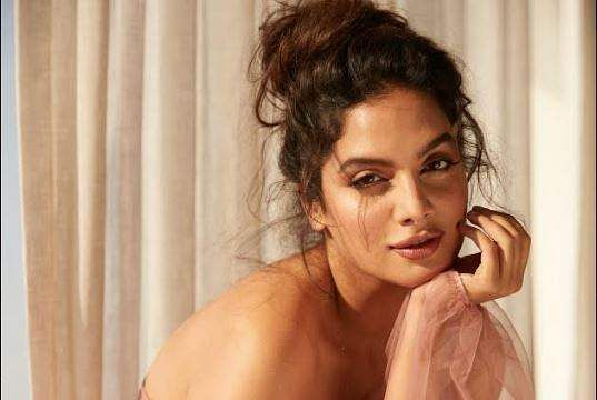 Tanya Hope: I have a lot to learn fromJayatheertha on the sets of Bell Bottom 2