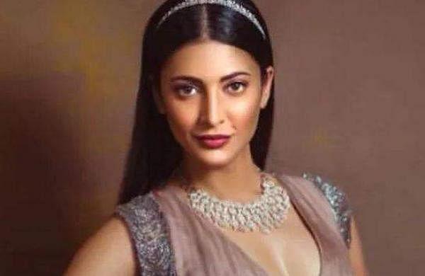 Shruti Haasan joins Prabhas' Salaar