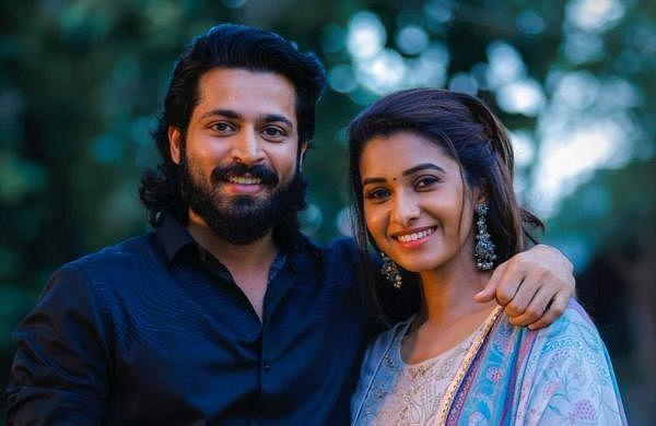 Harish Kalyan and Priya Bhavani Shankar in Oh Mana Penne