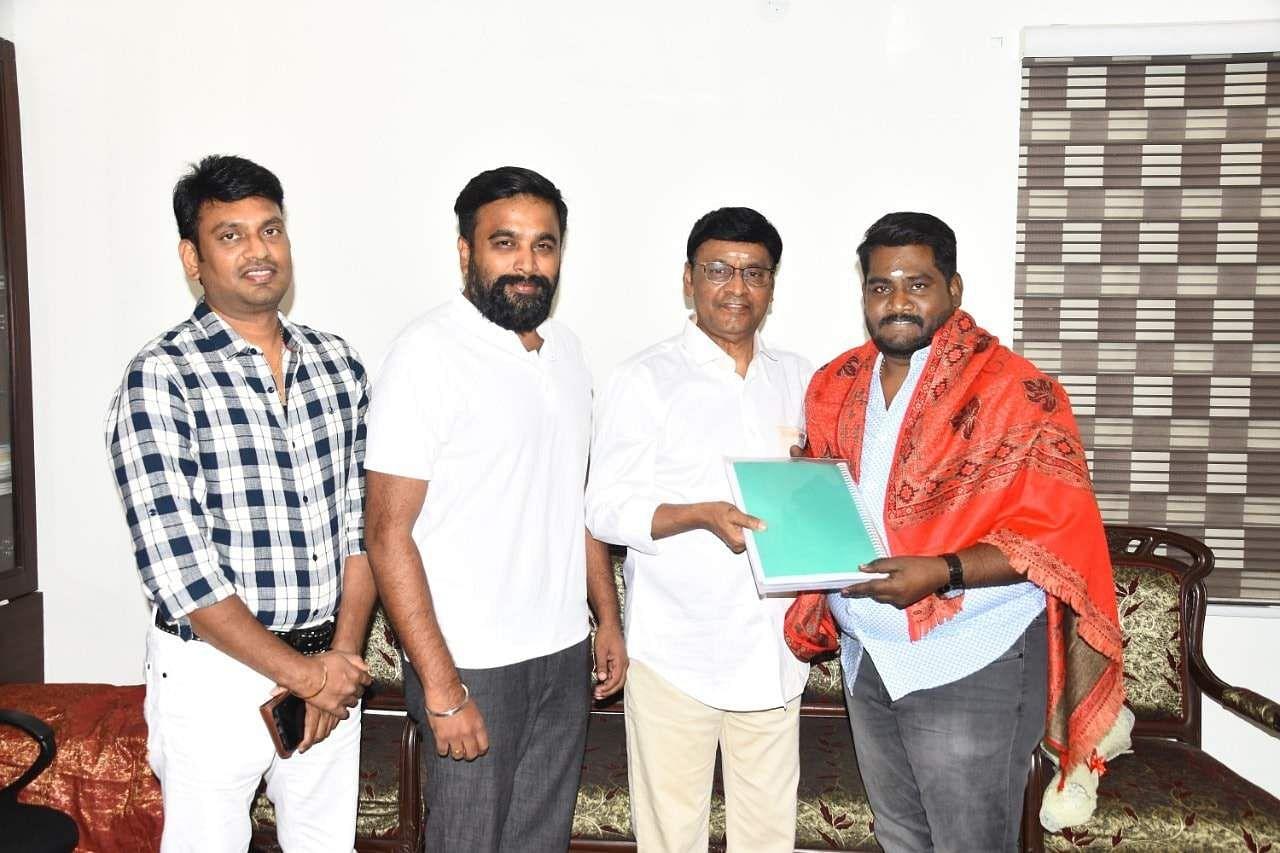 SR Prabhakaran to direct Mundhanai Mudichu remake
