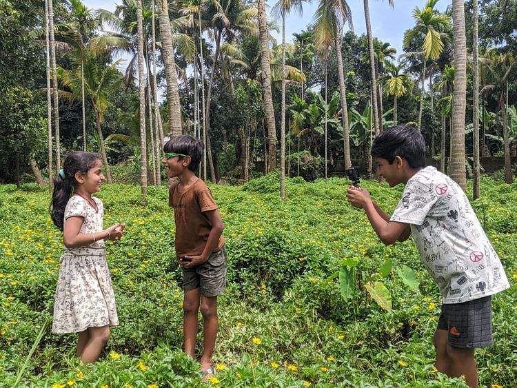 Run Kalyani, Kalla Nottam win awards at YIFF