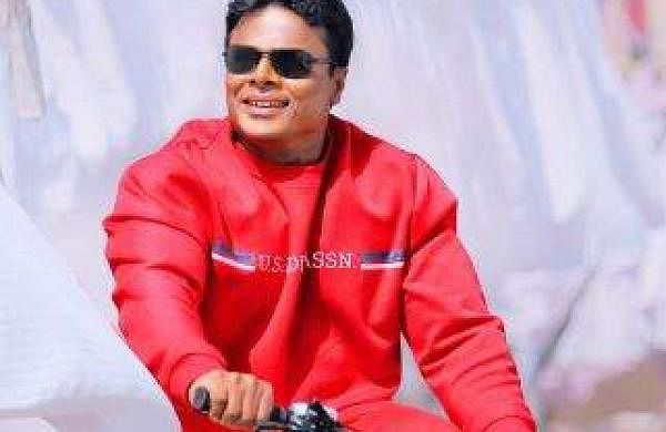 Gym Ravi turns hero with Purushottama