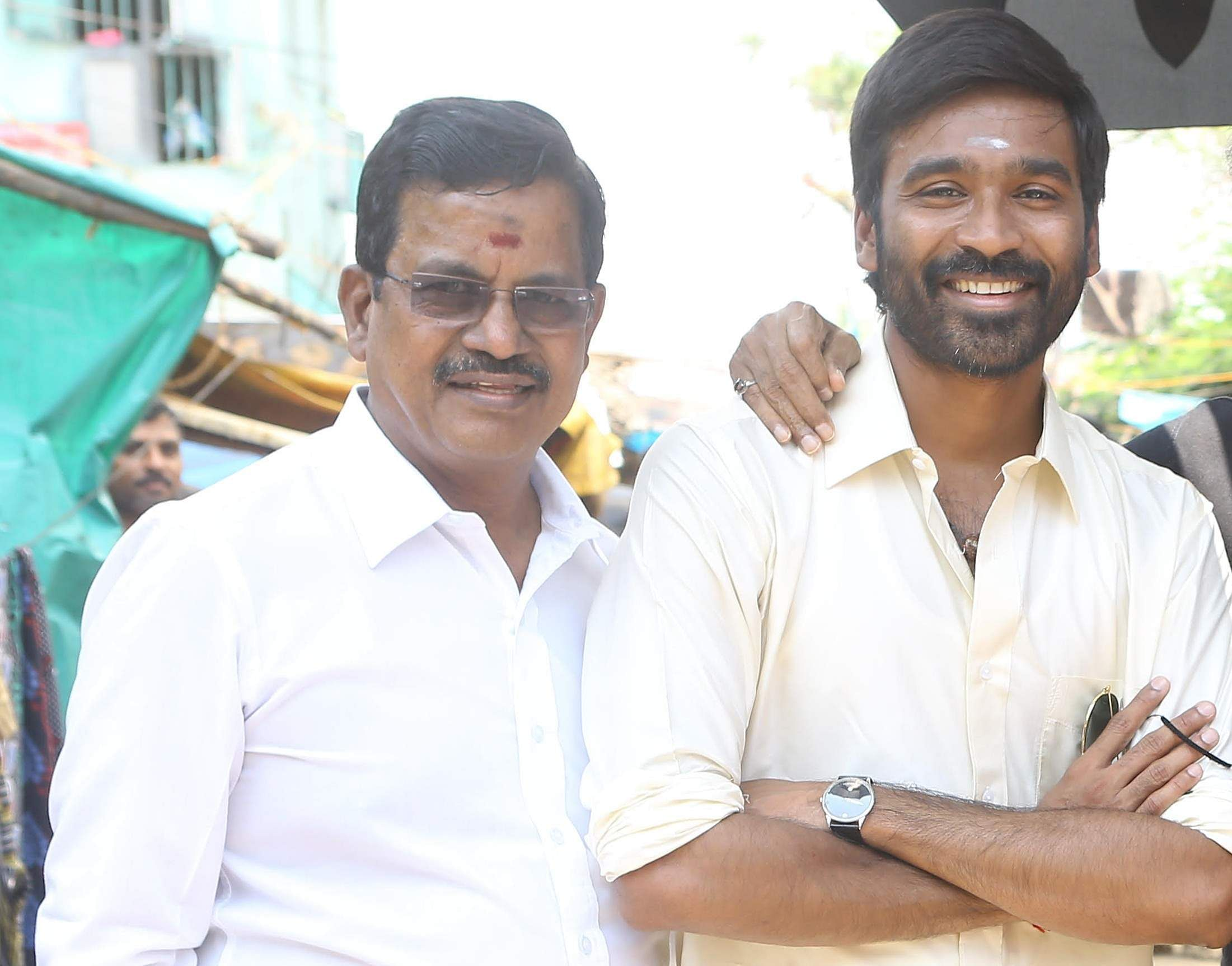 Kalaipuli S Thanu with Dhanush