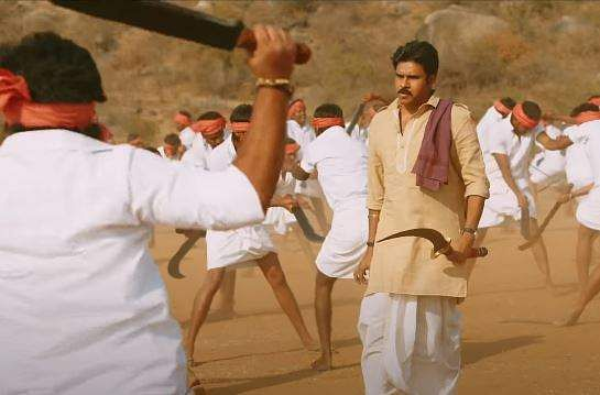 2017's Katamarayudu, which borrowed its title from a song sung by Pawan in Attharintiki Daredi, was an official remake of Ajith Kumar-led Veeram.