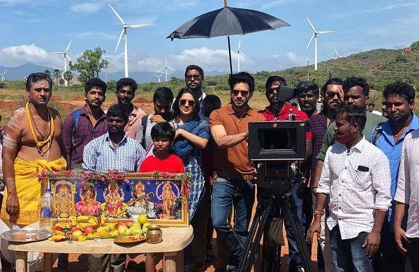 Bharath-Vani Bhojan film goes on floors