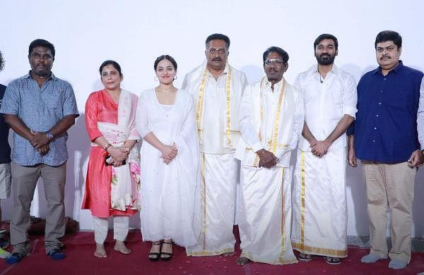 The cast and crew of Thiruchitrambalam