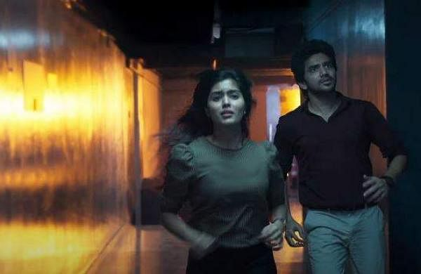 Kavin andAmritha Aiyer in Lift