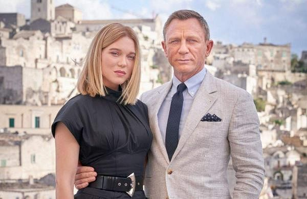 Lea Seydoux  and Daniel Craig in No Time To Die