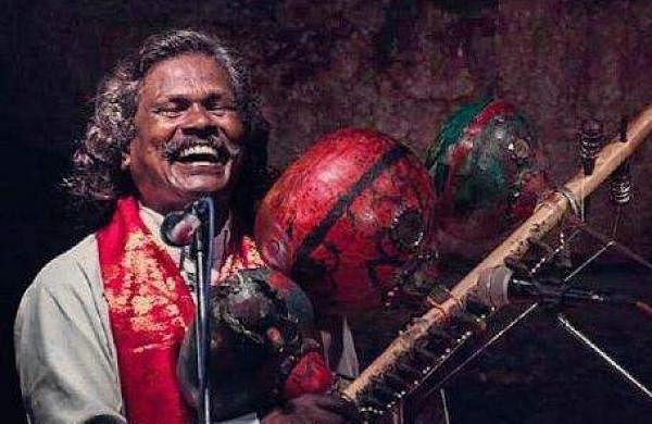 Pawan Kalyan announces financial aid to Kinnera Mogilaiah
